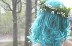 девушки с волосами голубого цвета