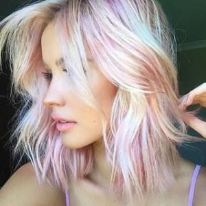 розовые аолосы, перламутровый цвет волос