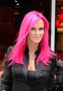 розовый цвет волос, Дженни мкКарти