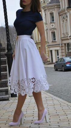white lace skirt outfit