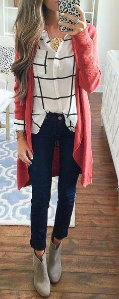 красный кардиган с рубашкой