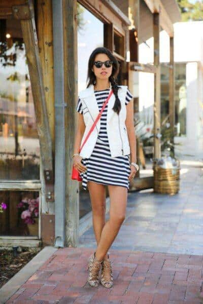 how to wear striped dress