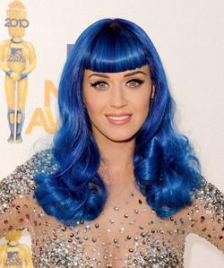 Katy-Perry blue hair
