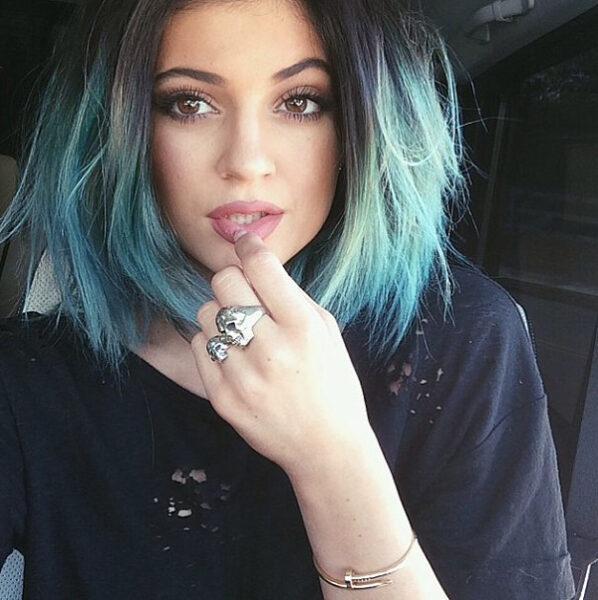 kylie-jenner blue hair