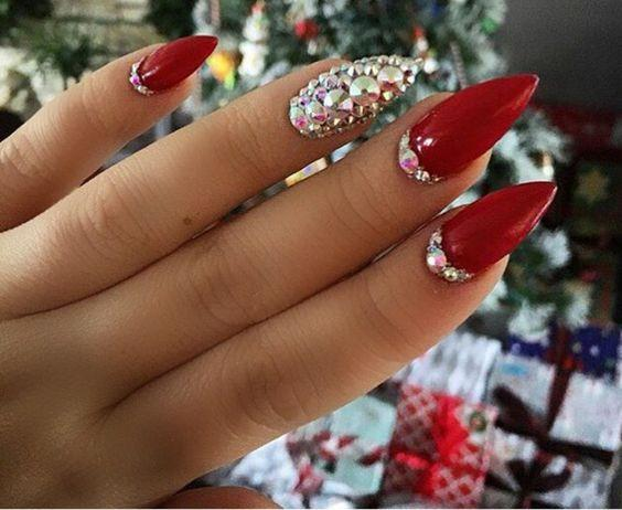 red nails with rhinestones
