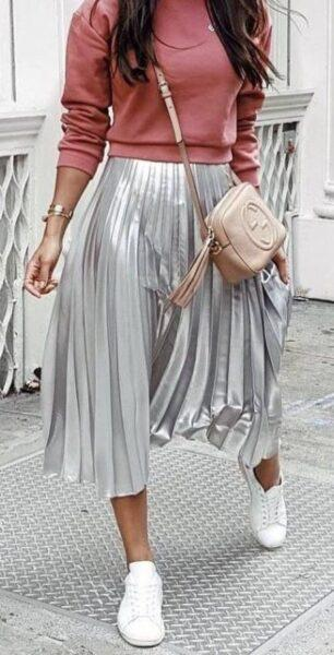 Silver metallic in clothes – a fashion trend in 2019