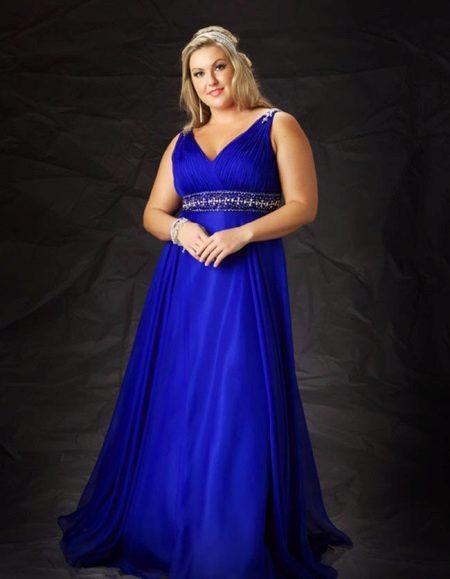 Long dresses for plump women: TOP best styles