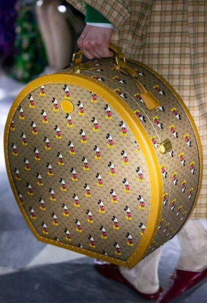 trendy round bags 2020
