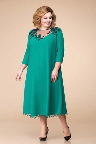 midi A-shaped dress for plump women