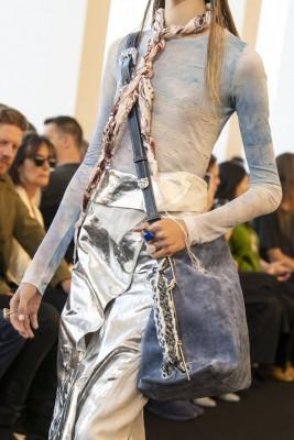 metallic clothing: 2020 fashion