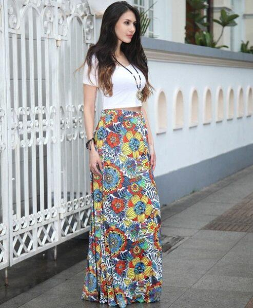 Crop Top with maxi skirt outfit