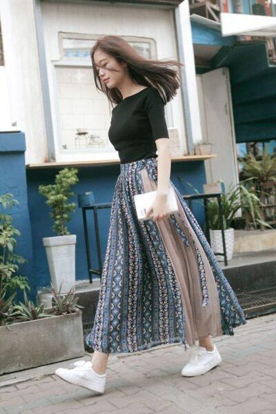 long skirt with sneakers