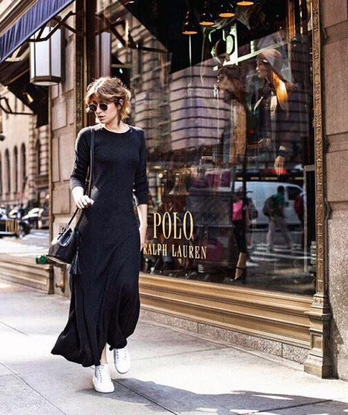 black maxi dress with sneakers outfit