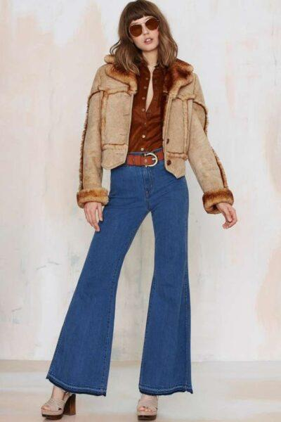 What to wear flared jeans with